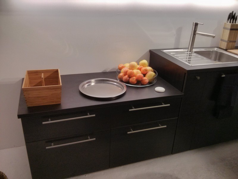 simple img with table de cuisine chez ikea. Black Bedroom Furniture Sets. Home Design Ideas