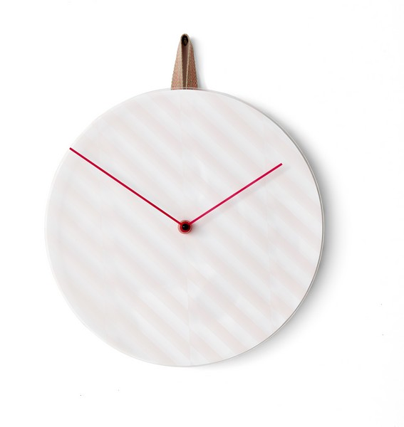 Ikea ps 2014 une collection innovante surprenante et for Horloge murale ikea